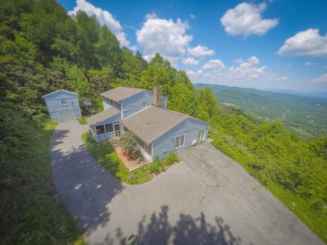9184 LOOKOUT LN, Bent Mountain, VA 24059