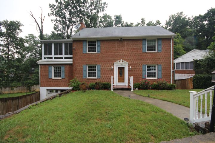 3073 TIMBERLANE AVE, Roanoke, VA 24018