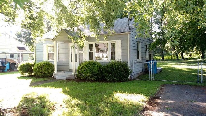 2609 CORNELL DR NW, Roanoke, VA 24012