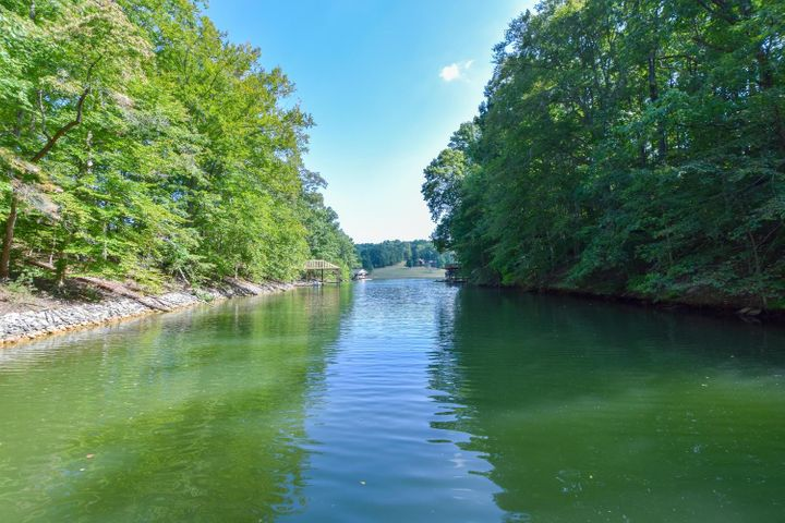 Lot 8 Southwind DR, Moneta, VA 24121