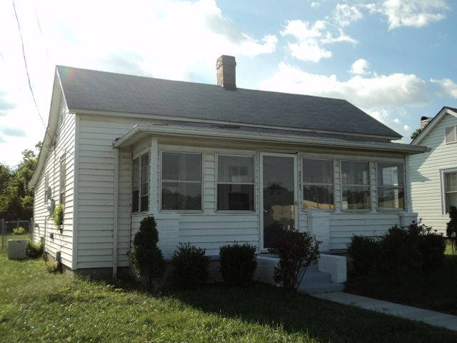 113 S Bruffey ST, Salem, VA 24153