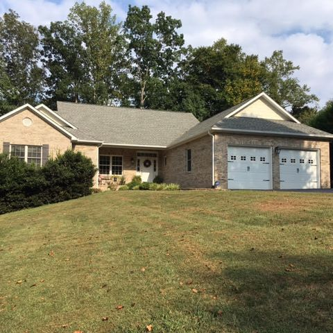680 Back Nine DR, Moneta, VA 24121