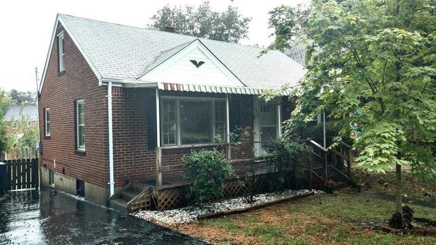 1836 CARTER RD SW, Roanoke, VA 24015