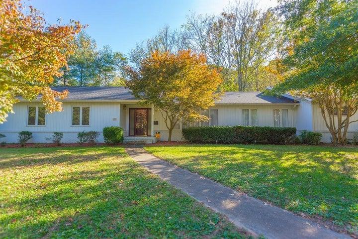 2559 WINIFRED DR SW, Roanoke, VA 24018