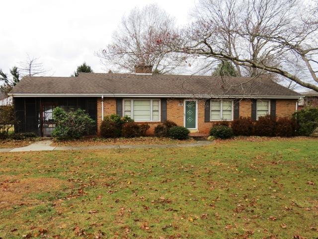 420 Glen Oak CIR, Ridgeway, VA 24148