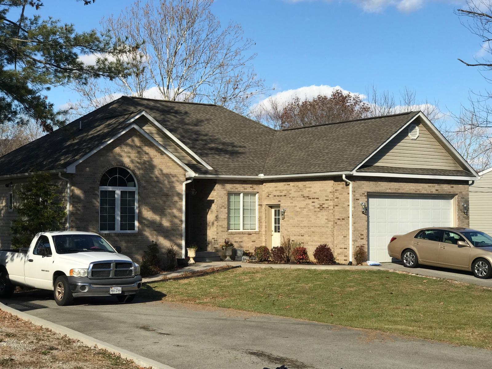 2923 Embassy DR, Roanoke, VA 24019