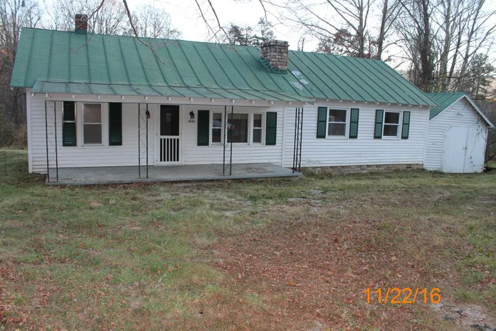 4544 Craig Valley DR, New Castle, VA 24127