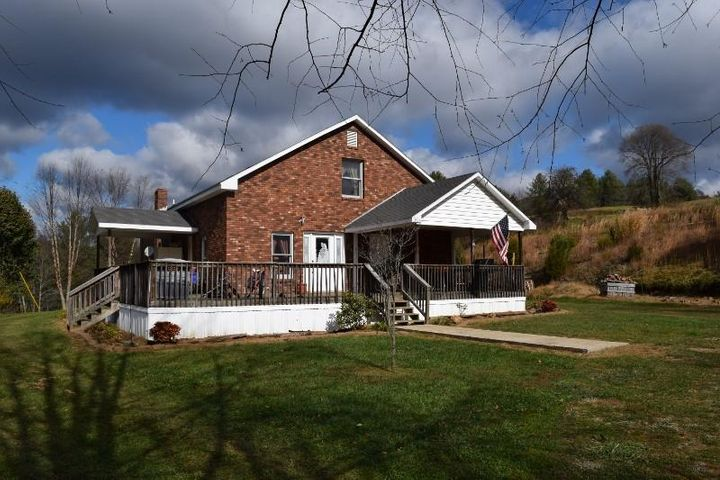341 Indian Creek RD, Willis, VA 24380