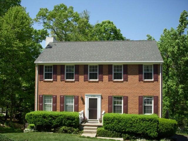 4729 Whipplewood DR, Roanoke, VA 24018