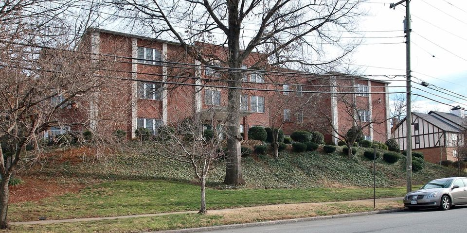 2208 S Jefferson ST, 104, Roanoke, VA 24014