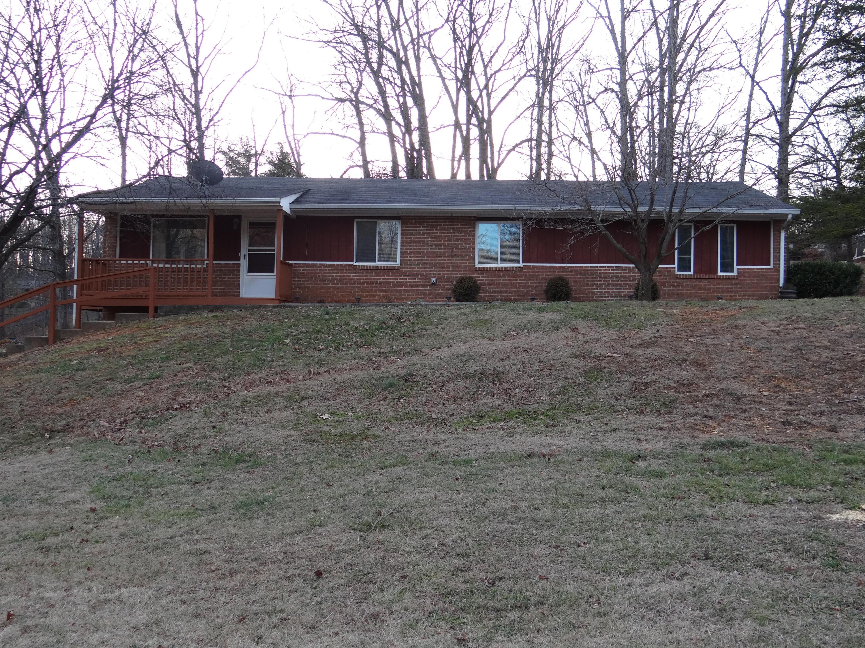 851 Oak DR, Blue Ridge, VA 24064