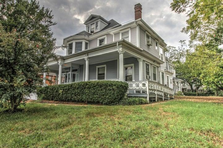 1345 Clarke AVE SW, Roanoke, VA 24016