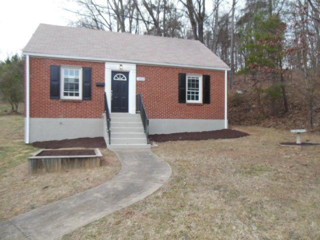 3033 Garden City BLVD, Roanoke, VA 24014