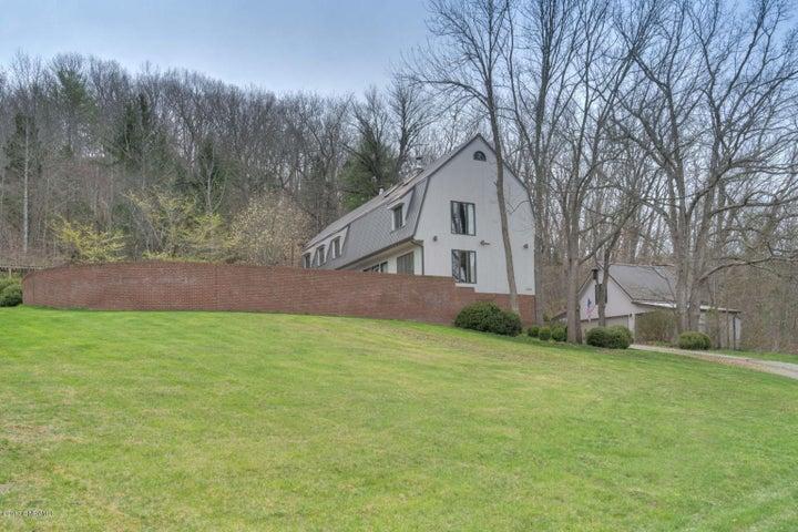 3301 North Fork Farms RD, Blacksburg, VA 24060