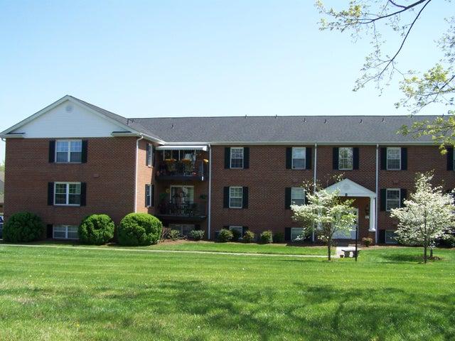 3531 PETERS CREEK RD, 302, Roanoke, VA 24019