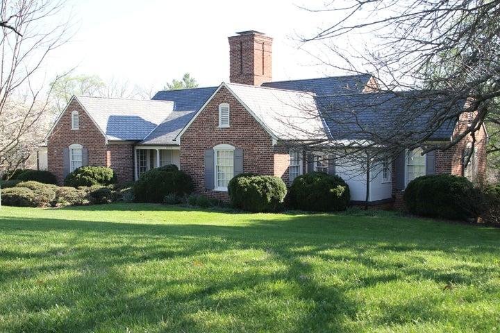 1508 High Acre RD, Bedford, VA 24523