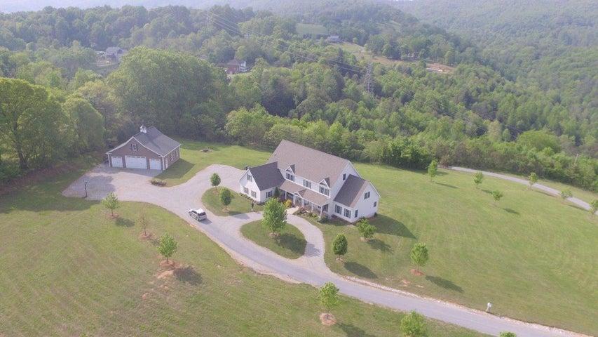 7302 Bohon Farm RD, Roanoke, VA 24018