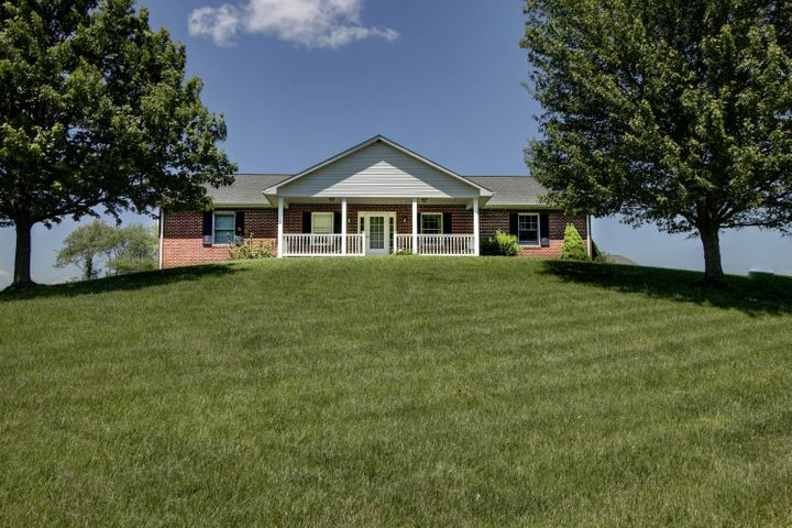 15185 Cumberland Gap RD, New Castle, VA 24127