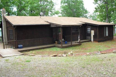 1946 Snyder Hollow LN, Bassett, VA 24055