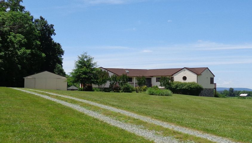 1657 MORGANS CHURCH RD, Bedford, VA 24523