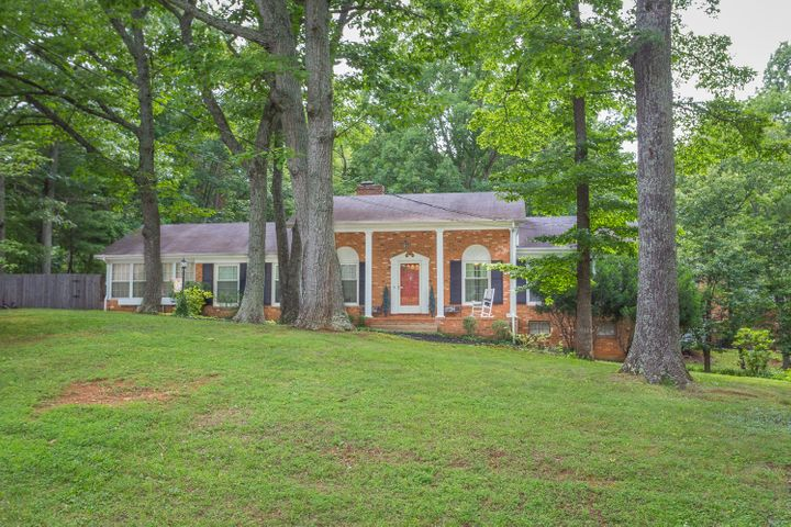 3141 GOLF COLONY DR, Salem, VA 24153