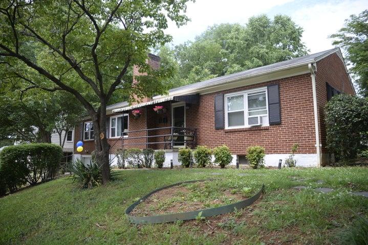 3135 Woodlawn AVE SW, Roanoke, VA 24015