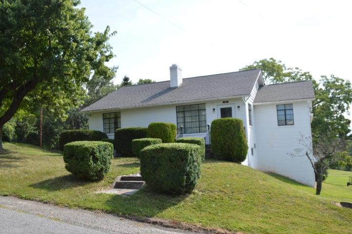 35 Herndon ST, New Castle, VA 24127