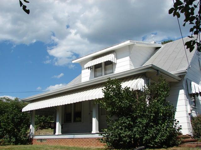 4649 Cook Creek RD, Roanoke, VA 24012