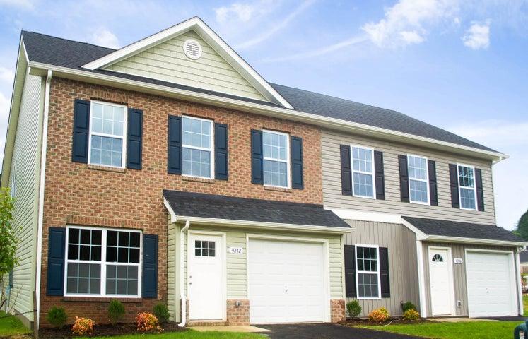 4242 Hannah Belle WAY, Roanoke, VA 24018