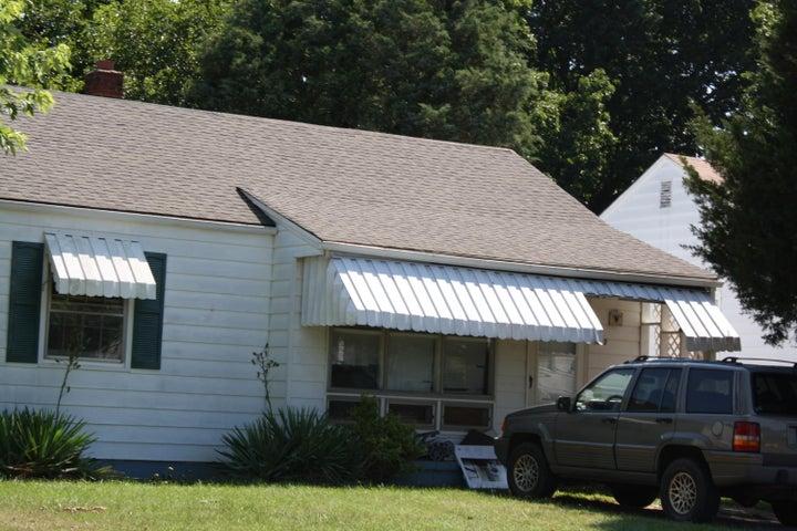 4823 Hildebrand RD NW, Roanoke, VA 24012