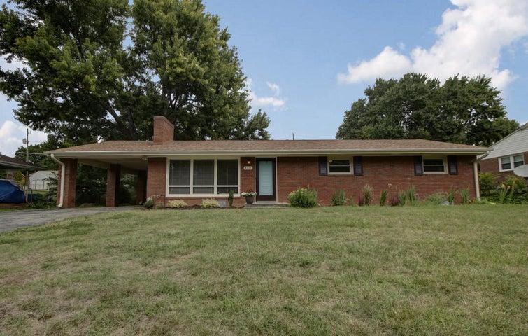 4531 Cresthill DR, Roanoke, VA 24018