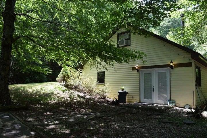 448 Reece RD SW, Willis, VA 24380