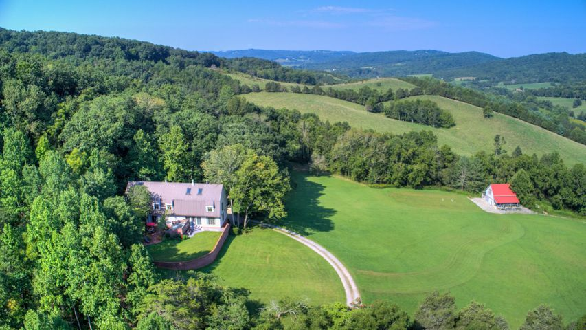 3301 North Fork Farms RD, Blacksburg, VA 24060