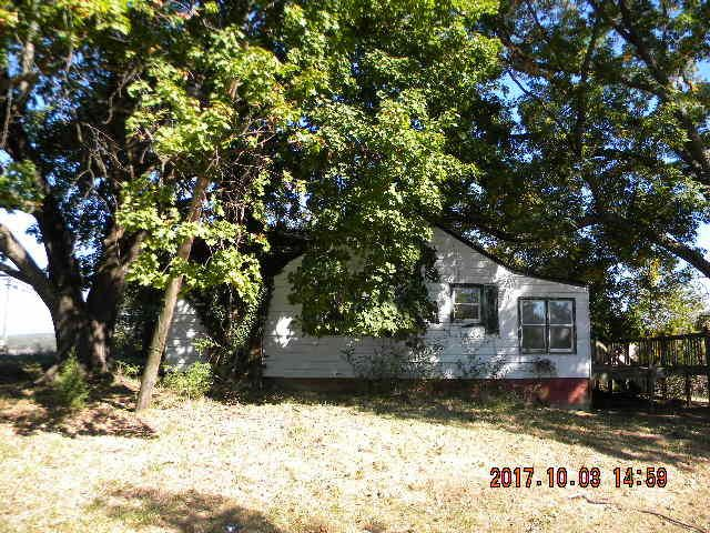498 SPRINGWOOD RD, Fincastle, VA 24090