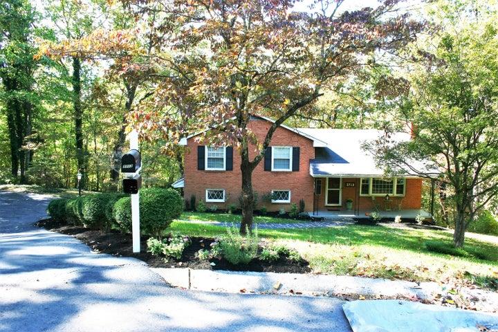 3713 ALTON RD SW, Roanoke, VA 24014