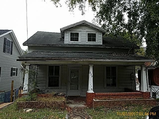 335 Boyd ST, Buchanan, VA 24066