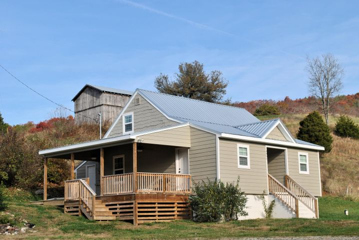 4051 Sunflower RD, Pilot, VA 24138