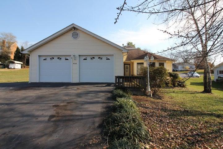618 Goodwin AVE, Salem, VA 24153