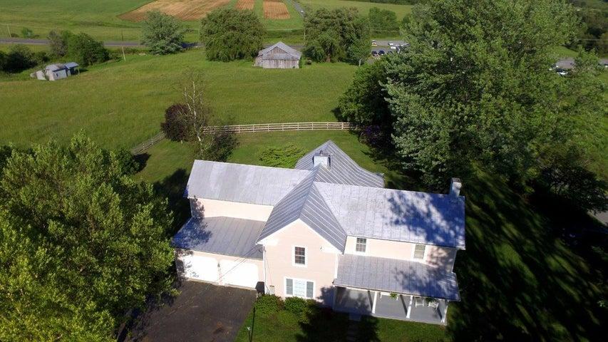 9696 Tinsley LN, Bent Mountain, VA 24059