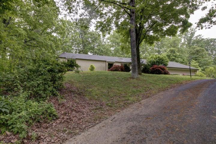 4947 GREENLEE RD SW, Roanoke, VA 24018