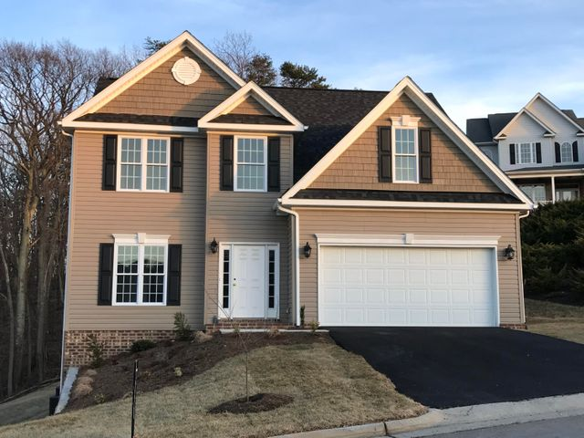 3035 ISABEL LN, Salem, VA 24153