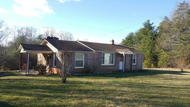 175 WESTWARD RD, Rocky Mount, VA 24151