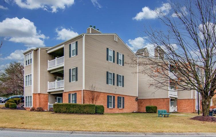 2987 Winterberry DR, Roanoke, VA 24018