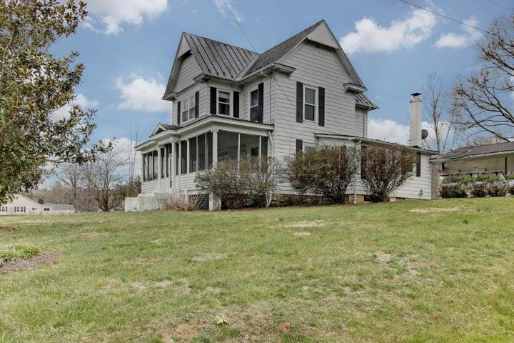 176 Herndon AVE, New Castle, VA 24127