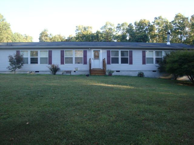 2898 Narrow Passage RD, Buchanan, VA 24066