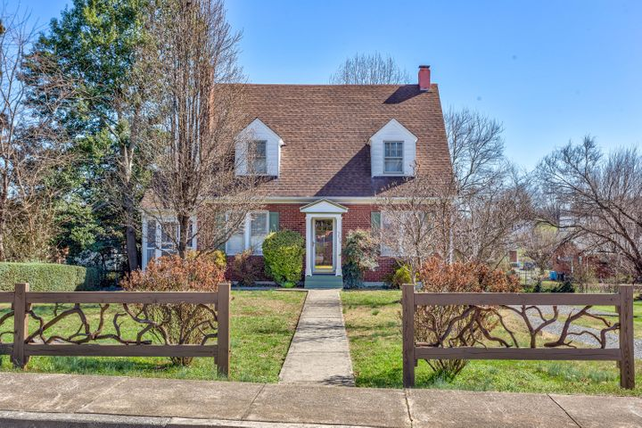 2639 FLORALAND DR NW, Roanoke, VA 24012