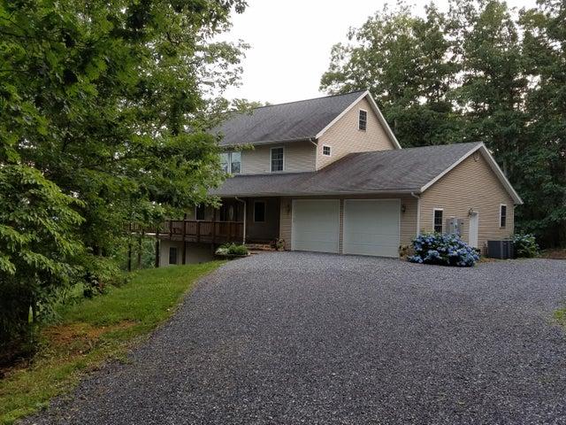 1109 Short Hill DR, Buchanan, VA 24066