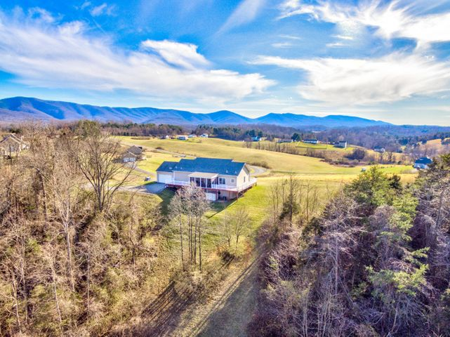 225 SCENIC WAY, Fincastle, VA 24090