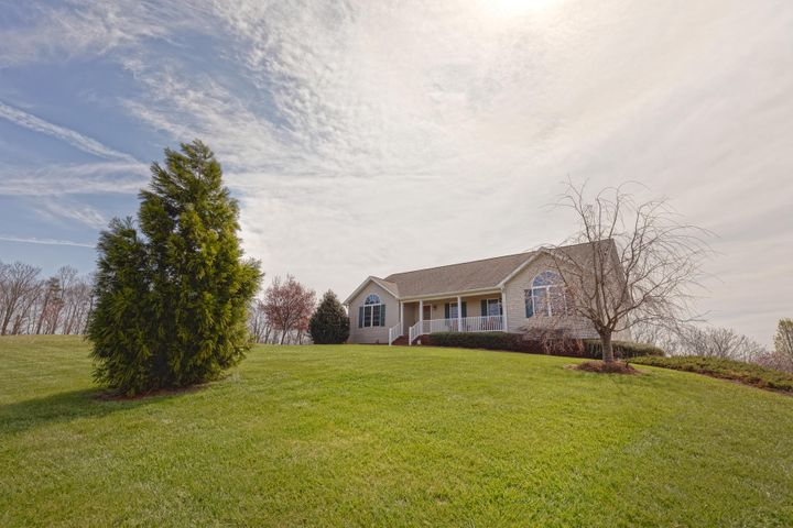 3676 Horseshoe Bend RD, Goodview, VA 24095