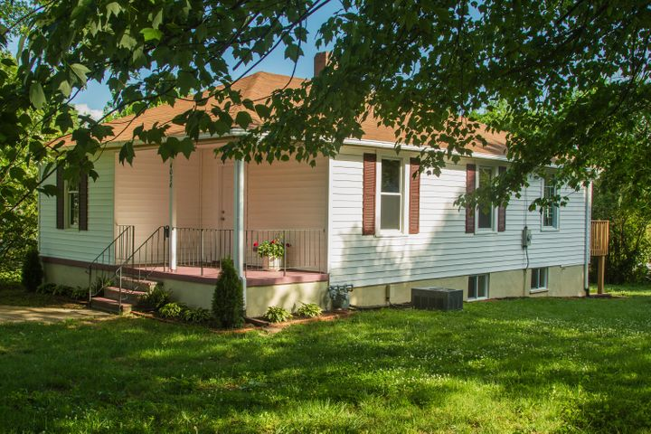 4036 Kentucky AVE NW, Roanoke, VA 24017